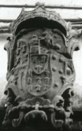 Stemma Borbonico - chiesa del Carmine